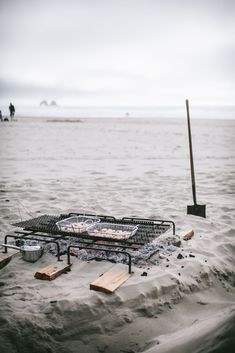 See more details from our al fresco dining on the beach #gathering #outdoordining #al fresco Bushcraft, Sea Beans, Pop Up Dinner, Outdoor Dinner Parties, Rockaway Beach, Secret Location, Rustic Outdoor, Outdoor Cooking, Ovens