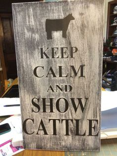 Can be customized to any livestock club!