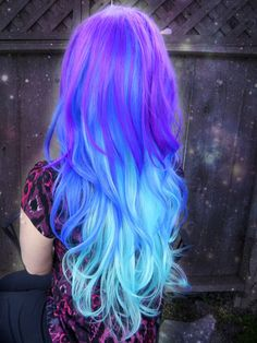 Blue ombre hair gives you that sexy mermaid look. If you want to go with a fun new blue or green ombre hair style, check out these 24 sassy ombre looks! Cute Hair Colors, Pretty Hair Color, Beautiful Hair Color, Hair Color Purple, Hair Dye Colors, Purple Ombre, Galaxy Hair Color, Galaxy Colors, Bright Purple Hair