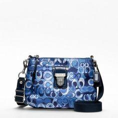 96b464aaf0d 72 Best Now THAT S a bag! images   Coach bags, Coach purse, Bags