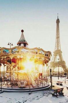 Paris tour de eiffle #eiffletour&sun