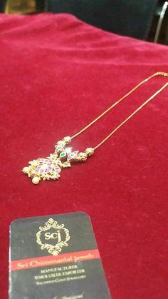 Jewelry Design Earrings, Gold Earrings Designs, Necklace Designs, Gold Bangles Design, Gold Jewellery Design, Gold Temple Jewellery, Gold Jewelry Simple, Gold Fashion, Gold Pendants