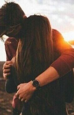60 Cute Couple Pictures To Fall Totally In Love With - Parchen Fotos Cute Couples Photos, Cute Couple Pictures, Cute Couples Goals, Love Photos, Romantic Couples, Cute Couple Stories, Romantic Ideas, Beautiful Pictures, Couple Photoshoot Poses