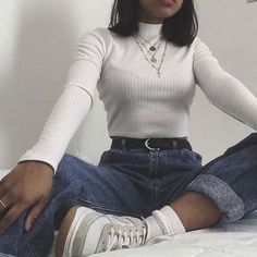 Over 10 inspiring boyfriend jeans outfits for fashion girls for everyday 6 . - Over 10 inspiring boyfriend jeans outfits for fashion girls for everyday 69 - Outfit Jeans, Boyfriend Jeans Outfit, Jeans Outfit Winter, Boyfriend Style, Retro Outfits, Mode Outfits, Cute Casual Outfits, Fashion Outfits, Korean Outfits
