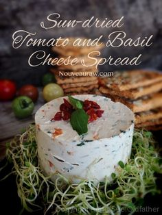 Sun-dried Tomato and Basil Cheese Spread (raw, vegan, gluten-free, cultured) Vegan Cheese Recipes, Nut Recipes, Raw Vegan Recipes, Vegan Foods, Vegan Raw, Vegan Lunches, Vegan Snacks, Vegan Dinners, Healthy Snacks