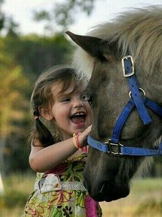 The joy when you see a horse/pony. #Jupinkle