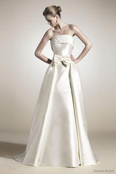 Raimon Bundó Wedding Dresses 2012 | Wedding Inspirasi