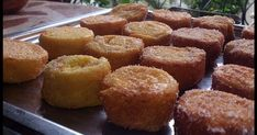 Torrijas de 'Buen Rollo' con relleno de crema de naranja Sweet Recipes, Cake Recipes, Four, Kitchen Recipes, Finger Foods, Cake Pops, Tapas, Banana Bread, Deserts