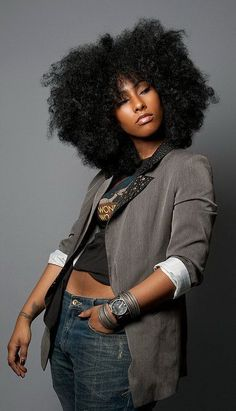 Rock star hair!! Big beautiful fro.Natural Hair. Long. African-American hairstyles.