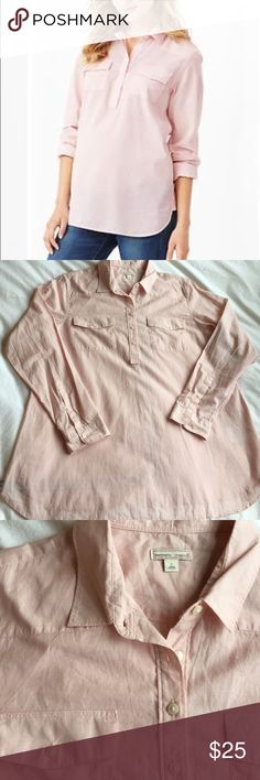 Gap Maternity pink the fitted boyfriend shirt Cute popover style! 100% cotton. EUC. 31 inches long. GAP Tops