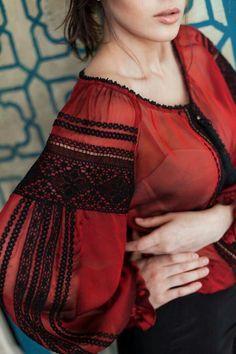Folk Fashion, Ethnic Fashion, Hijab Fashion, Fashion Dresses, Ukrainian Dress, Sleeves Designs For Dresses, Ethno Style, Embroidered Clothes, Embroidery Fashion