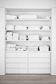 DIY Built-in closet
