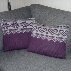 Ravelry: Advents puter pattern by Trine Lise Høyseth Crochet Pillow, Knit Crochet, Knitted Pillows, Christmas Knitting Patterns, Crochet Patterns, Christmas Afghan, Pillowcase Pattern, Crochet Home Decor, Knitting Projects