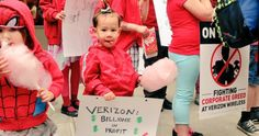 Children chanted and marched on the picket line in front of a Verizon store in Brooklyn, New York. (Photo: Hae-Lin Choi/Twitter)