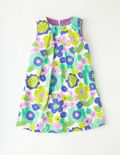 I've spotted this @BodenClothing Summer Printed Dress Bright Spearmint 60s Floral