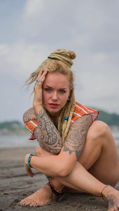 Modeling Portfolio — The Art of ClairVoyage Very Beautiful Woman, Find Picture, Fashion 2020, Photo Galleries, Natural, Hair Styles, Awesome, Womens Fashion, Model