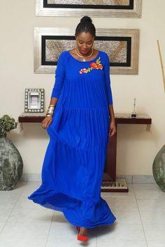 Long African Dresses, African Print Dresses, African Print Fashion, African Fashion Dresses, Casual Work Outfits, Simple Outfits, Summer Gowns, African Attire, Maxi Dresses