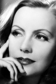 Greta Garbo AKA Shirley Davies....I want to be alone...hahaha