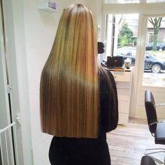 The way to keep your long hair! Long Dark Hair, Very Long Hair, One Length Hair, Beautiful Blonde Hair, Pretty Hair, Silky Hair, Hair Lengths, Straight Hairstyles, Hair Cuts