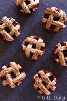 Mini Cherry Pies - perfectly portable pies for summer picnics & BBQs!