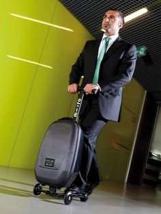 I don't know about you but we would love to have a luggage scooter to blaze through big airports! #business #travel #gadgets