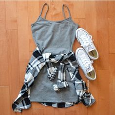 We love cute day drinking outfits like this one! - - We love cute day drinking outfits like this one! We love cute day drinking outfits like this one! Teen Fashion Outfits, Mode Outfits, Fashion Ideas, Dress Fashion, Fashion Tips, Casual Teen Fashion, School Outfits, Fashion Bloggers, Fashion Clothes