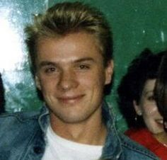 """Moob Day """"beautiful smile"""" - Page 3 - Feedback Larry Mullen Jr, Bono U2, U 2, Beautiful Smile, Hair Today, How To Look Better, Celebrities, Hair Styles, Music"""