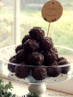 Food for thought: Σοκολάτα Candy Crash, Chocolate Truffles, Greek Recipes, Food For Thought, Blackberry, Rum, Sweets, Breakfast, Cranberries