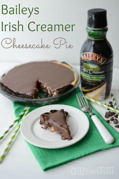 Baileys Irish Creamer Cheesecake Pie by www.crazyforcrust.com | Made with coffee creamer so everyone can enjoy it! The ganache on top is to die for! #pie #cheesecake #baileys