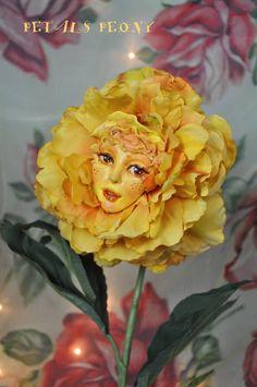 Alice in Wonderland Talking Flowers GOLDEN by SUTHERLANDDOLLART