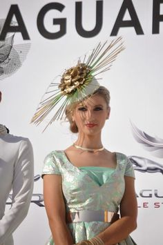 Racing Fashion at Dubai World Cup, Jaguar Style Stakes Racing Fashion at Dubai World Cup, Jaguar Style Stakes Racing Fashio. Carnival 2015, Spring Racing Carnival, Races Style, Dubai World, Kensington And Chelsea, Races Fashion, Pillbox Hat, Kentucky Derby Hats, Couture Fashion