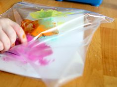 For those that hate getting their hands messy: Sponges, paint, and paper inside zip lock bag. then finger paint through plastic bag! Craft Projects For Kids, Easy Crafts For Kids, Craft Activities For Kids, Toddler Activities, Art For Kids, Baby Crafts, Fun Crafts, Arts And Crafts, Easy Abstract Art