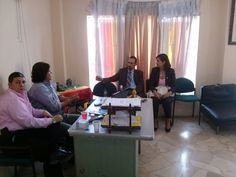 Hablando con nuestros visitantes sobre YUNTA