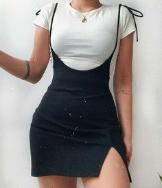 Teen Fashion Outfits, Retro Outfits, Mode Outfits, Girly Outfits, Cute Casual Outfits, Look Fashion, Stylish Outfits, Stylish Girl, Black Aesthetic Fashion