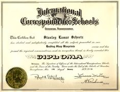Looking for creative and professional diploma templates? Thank your luck stars because our website will help. We all know that drafting and formatting diplomas can be time consuming. Graduation Certificate Template, Certificate Of Completion Template, Birth Certificate Template, School Certificate, Free High School Diploma, College Diploma, Templates Printable Free, Free Printables, Diploma Online