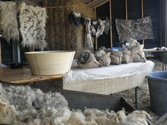 working place ZachtAardig workshops  felt  Purewol | Over wol By designer Annalies van Eerde