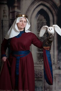 12/13th century dress in wool and silk