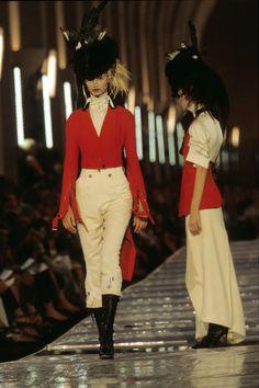 Christian Dior Fall 1999 Couture Fashion Show - Esther de Jong