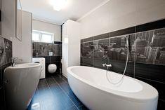 12 designs inspirants de salle de bain habillée en noir   BricoBistro