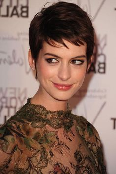 Anne Hathaway short hair has been something that grab the attention of the people so much. The reason why the people really love the short hairstyle of Anne ...