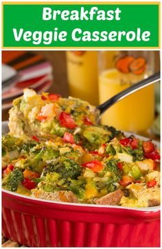 Breakfast Veggie Casserole: Fresh veggies, eggs, and cheese. It's a super easy recipe that you'll want to save! Veggie Casserole, Healthy Casserole Recipes, Breakfast Casserole Easy, Delicious Cookie Recipes, Healthy Breakfast Recipes, Healthy Recipes, Breakfast Ideas, Healthy Foods, Diet Recipes