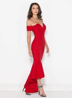 You won't need a dance partner tonight, 'cause you in this dress will be performance enough!