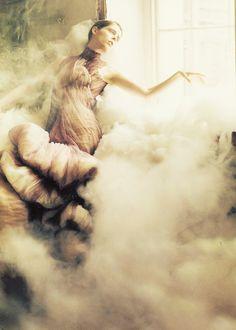 STYLE ESSENTIALS — modeavenueparis: Coco Rocha in Alexander McQueen...