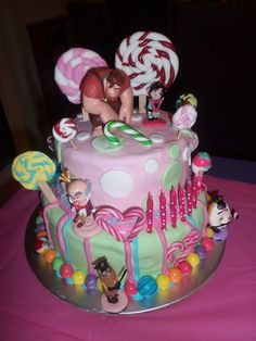 Wreck it ralph/ sugar rush cake, with fondant lollipops etc