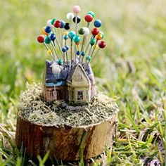 A New Movie-Inspired Craft! The UP House Pincushion #craftgawker
