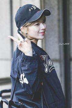 Jeongyeon | Twice Suwon, Kpop Girl Groups, Korean Girl Groups, Kpop Girls, Nayeon, Oppa Gangnam Style, Twice Jungyeon, Dahyun, Extended Play