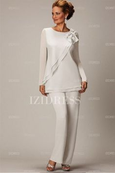 Pant Suits Jewel Ankle-length Chiffon Mother of the Bride Dress Pants suits ankle-length chiffon dress for the mother of a bride Cocktail Dresses Online, Evening Dresses Online, Cheap Evening Dresses, Womens Cocktail Dresses, Elegant Dresses, Evening Gowns, Dress Online, Evening Party, Evening Cocktail