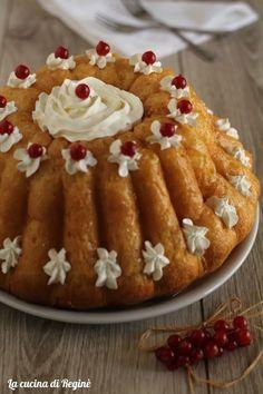 Italian Pastries, Italian Desserts, Fun Desserts, Delicious Desserts, Almond Paste Cookies, Baba Recipe, Tastemade Recipes, Cake Recipes, Dessert Recipes
