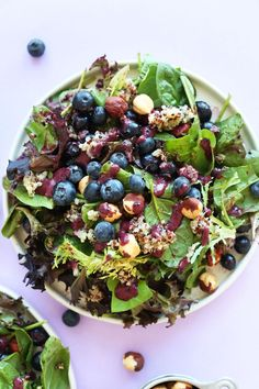 HEALTHY Blueberry Quinoa Hazelnut Salad with a Blueberry Balsamic Vinaigrette! #recipe #healthy #dinner #salad #blueberry #summer #glutenfree #vegan