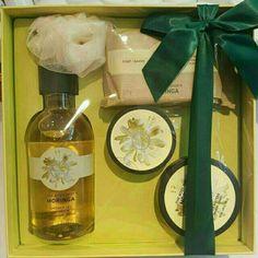 Temukan dan dapatkan Moringa Gift Set The Body Shop hanya Rp 359.000 di Shopee sekarang juga! http://shopee.co.id/shaumiiii/125158480 #ShopeeID